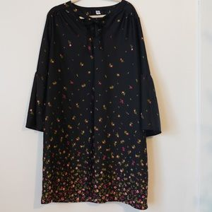 OLD NAVY FLORAL BELL SLEEVE DRESS (XL TALL)